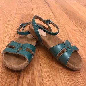 Girls UGG sample sandals